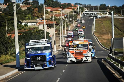 11/07/19 - Caminhões da Copa Truck invadem as ruas de Curvelo - Fotos: Duda Bairros