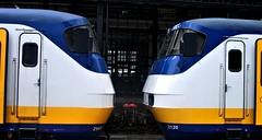 Face to face sprinters at Haarlem railway station 06/07/19. (Ledlon89) Tags: haarlem sprinter train railwaystation transport holland netherlands nl
