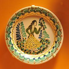 Pottery Mexico Guanajuato Ceramics (Teyacapan) Tags: pottery mexican guanajuato museum woman ceramics barro plates