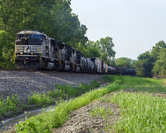 Crank up the ACC (NS Southbound at Quaintance Rd 7-10-19) (andrew.milwee) Tags: norfolksouthern emd bucyrus crawfordcounty ns railroading railfan trains
