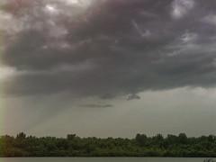 Trombes d'eau dans le ciel de Saint-Timothé, Valleyfield.