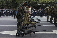 Snipers (pusadolfo) Tags: 2019 9dejulio argentina buenosaires desfile independence independencia militar military people street