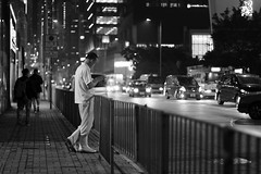 people in the city (Steve only) Tags: fujifilm xt3 canon ef 50mm 114 5014 f14 fringer fringereffxpro bw monochrome 黑白 snap peopleinthecity night