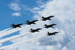 20170604_6041768-1_resize (iskiharder) Tags: airshow aircraft blueangels duluth f18 minnesota unitedstates olympus em1m2 em1mark2 em1