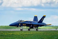 20170604_6041332-1_resize (iskiharder) Tags: airshow aircraft blueangels duluth f18 minnesota unitedstates olympus em1m2 em1mark2 em1