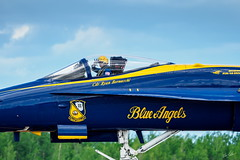 20170604_6041335-1_resize (iskiharder) Tags: airshow aircraft blueangels duluth f18 minnesota unitedstates olympus em1m2 em1mark2 em1