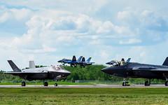 20170604_6041375-1_resize (iskiharder) Tags: airshow aircraft blueangels duluth f18 f35 minnesota unitedstates olympus em1m2 em1mark2 em1