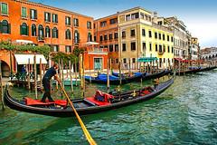 Check in kênh đào Grand Canal ở Ý (quynhchi19102016) Tags: ve may bay gia re di italia