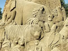 Sand Sculpture, Point Defiance Park Zoo, Tacoma, WA (Don Briggs) Tags: donbriggs largesandsculpturepointdefiancezootacomawa nikonp900