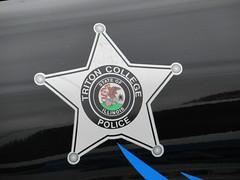 Triton Collage Police Department (Evan Manley) Tags: triton collage policedepartment fordcrownvictoria illinois policecar crownvic crownvictoria