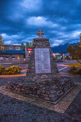 Pro Patria (www78) Tags: britishcolumbia canada golden nationalpark yoho pro patria war memorial
