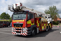 Lincolnshire - WN63OUP - ALP - Lincoln South (matthewleggott) Tags: lincolnshire fire rescue service engine appliance wn63oup alp aerial ladder platform man angloco bronto