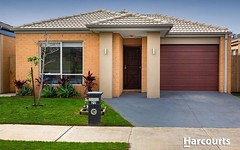 22 Greenslate Street, Clyde North VIC
