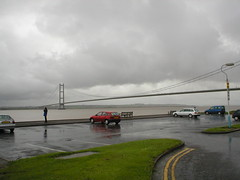 Humber Bridge looking towards Lincolnshire from the East Riding of Yorkshire (Ray's Photo Collection) Tags: humberbridge n393btf nissan almera bridge yorks yorkshire eastriding eastyorkshire hessle bartonuponhumber lincolnshire lincs red