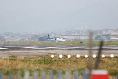 IMG_8229 (Ethene Lin) Tags: 松山機場 飛機巷 飛機 欄杆 華信航空 atr72