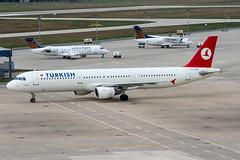 TC-JMB (PlanePixNase) Tags: aircraft airport planespotting haj eddv hannover langenhagen turkish turkishairlines airbus 321 a321