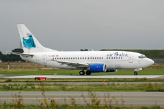 YL-BBD (PlanePixNase) Tags: aircraft airport planespotting cph ekch kopenhagen copenhagen kastrup københavn lufthavn airbaltic b735 737500 737 boeing