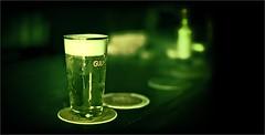 La bière (bert • bakker) Tags: dedriefleschjes amsterdam noordholland nederland thenetherlands bier beer glasbier bar café pub proeflokaal tastingroom nikon50mm18gse gulpenerbier glassofbeer