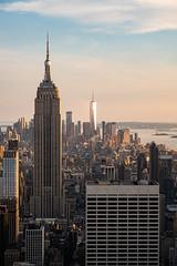 ESB (Nathalie Falq) Tags: nyc newyork manhattan fujifilm paysage paysageurbain formatportrait xf1855mmf284rlmois fujifilmxt2 building architecture immeuble