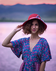Mari Lisi - 4 (*sandro*) Tags: olympus mft m43 micro four thirds microfourthirds 43 omd om digital 75mm 75 18 f18 mzuiko zuiko portrait girl hat dress sunset outdoor lake mountains mirrorless lisi tbilisi georgia natural light pink blur bokeh