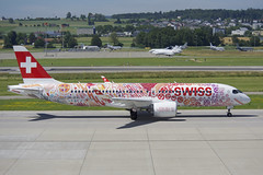 Swiss Bombardier CSeries CS300; HB-JCA@ZRH;24.06.2019 (Aero Icarus) Tags: zrh zürichkloten zürichflughafen zurichairport lszh plane avion aircraft flugzeug