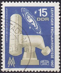 Deutsche Briefmarken (micky the pixel) Tags: deutschland technik leipzig ephemera stamp exposition ddr messe deutschepost briefmarke leipzigerfrühjahrsmesse teleskop universalspiegelteleskop galaxy milkyway galaxis carlzeissjena milchstrase