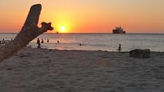 Rincon Caribeño (Luna y Valencia) Tags: santamarta sunset tramonto puestadesol caraibi colombia caribe