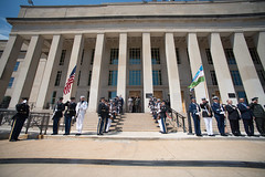 190712-D-SV709-0162 (Office of the Secretary of Defense - Public Affair) Tags: actingsecretaryofdefense departmentofdefense marktesper pentagon secdef dod esper kurbanov mark meeting uzbekistan washington dc usa