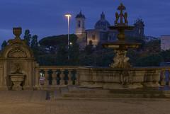 la fontana (Paolo Dell'Angelo (JourneyToItaly)) Tags: fontanadelcortiledipalazzodeipriori viterbo lazio italia orablu fountain bluehour italy chiesadellasantissimatrinità church history