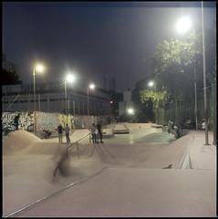 Skatepark (Victor Frezza) Tags: skateboard skatepark bmx bmxstreet hasselblad500cm hasselblad kodakfilm kodak kodakportra portra400 night mediumformat