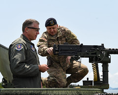 """BGen. David Eaglin (left), 7th AF vice commander, receives instructions from an airman during a tour (#PACOM) Tags: usindopacificcommand """"usindopacom"""