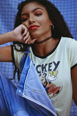 Any Gabrielly (TheJennire) Tags: photography fotografia foto photo canon camera camara colours colores cores light luz young tumblr indie teen adolescentcontent anygabrielly disney nowunited 2018 summer curlyhair makeup ootd outfit 90s retro eyes sp sãopaulo brasil brazil actress singer celebrity