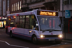 YJ05 XBP, Commercial Road, Portsmouth, November 28th 2016 (Southsea_Matt) Tags: yj05xbp 53140 route15 first hantsdorset optare solo commercialroad portsmouth hampshire unitedkingdom england canon 80d november 2016 autumn bus omnibus vehicle transport
