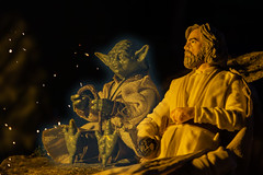Yoda's spirit and Luke on Ahch-To (dirk.hafels) Tags: yoda lukeskywalker starwars toyphotography ahchto
