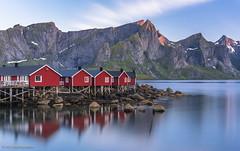 Hamnøy, 2AM. Lofoten, Norway. (abochevarov) Tags: purple lofoten norway norge landscape night long exposure big stopper hamnøy hamnoy bigstopper 50mm nikon nikond810 beautiful water red