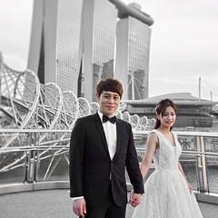Precious Moment | Singapore (Paul Tocatlian | Happy Planet) Tags: weddingphotography wedding weddingpicture singapore marinabaysands candidphotography candid happyplanet asiafavorites