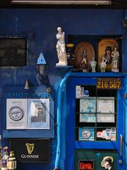 shot bar (peaceblaster9) Tags: bar entrance door decoration blue colors figures バー ドア 入口 飾り 小物 デコレーション ブルー 青 大山 東京 tokyo ストリート street