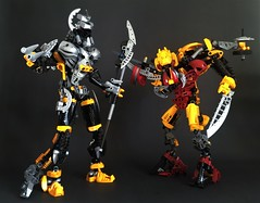 Shadowed One and Sentrakh MOVs (Gringat) Tags: bionicle 2005 combiner set mov darkhunter lego technic