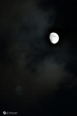 Lune croissante & nuage (Nathy1317) Tags: lune nature ciel nuage exterieur extérieur