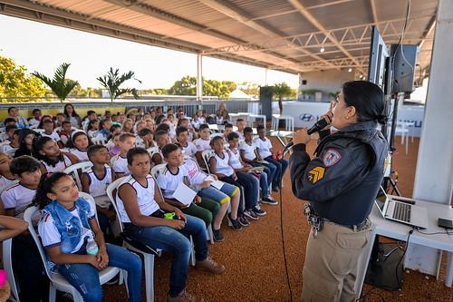 12/07/19 - Visita das Escola Carmelita Arrieiro e Angelina Doti - Fotos: Duda Bairros