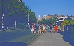 like a Kodachrome painting (Riex) Tags: thurloeplace hotelrembrandt cromwell street rue sidewalk trottoir london londres angleterre england uk unitedkingdom royaumeuni slide film kodachrome 1958