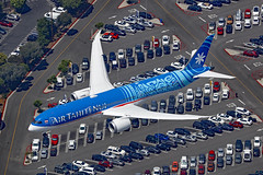 F-ONUI, Boeing 787-9, Air Tahiti Nui, Los Angeles (ColinParker777) Tags: fonui boeing 787 789 7879 b787 b789 b7879 dreamliner aircraft airplane plane aeroplane airliner approach finals landing carpark overhead air2ground road above birdseye tn tht air tahiti nui airliners airways 42116 796 lax klax los angeles california usa america united states us socal canon 5dsr 200400 l lens zoom telephoto pro