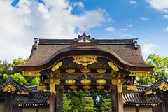 Gateway (Cameron Booth) Tags: castle gate unescoworldheritagesite nijocastle karamon japan kyoto nijojo kyotoprefecture