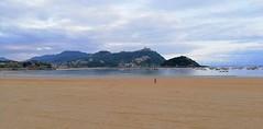 Cubierto y temperatura agradable en Donostia (eitb.eus) Tags: eitbcom 32961 g151905 tiemponaturaleza tiempon2019 playa gipuzkoa donostiasansebastian jonhernandezutrera