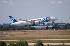 Boeing 787-9 Egyptair (Starkillerspotter) Tags: egyptair boeing 7879 dreamliner paris cdg airport takeoff afternoon land runways grass sky