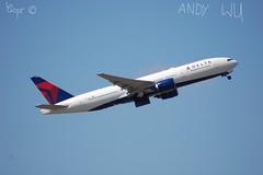 Boeing 777-200ER Delta Airlines (Starkillerspotter) Tags: delta airlines boeing 777200er takeoff usa paris cdg airport plane