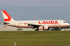 OE-LOY (GH@BHD) Tags: oeloy airbus a320 a320200 a320232 lauda laudamotion stn egss londonstanstedairport stanstedairport stansted aircraft aviation airliner