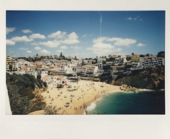 Carvoeiro (Portugal) (miroir.photographie) Tags: instantkon instantphoto algarve instaxwide rf70 carvoeiro portugal argentique analog