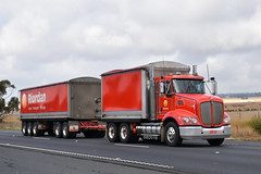 Riordan - Kenworth T403 (Scottyb28) Tags: truck trucks trucking highway haulage diesel loaded interstate
