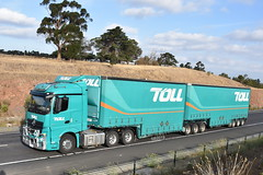 Toll - Mercedes Benz Actros (Scottyb28) Tags: truck trucks trucking highway haulage diesel loaded interstate